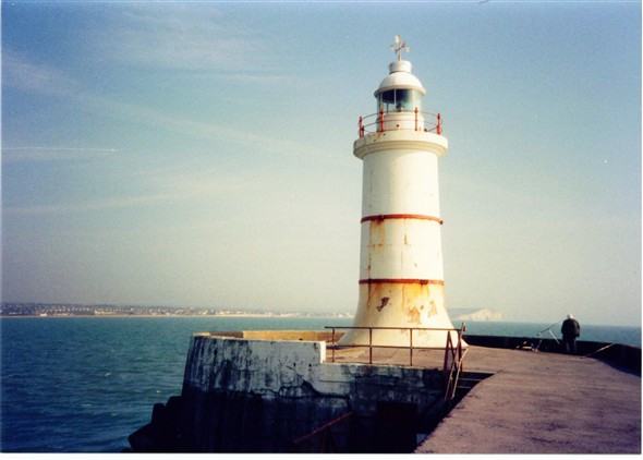 Photo:Breakwater lighthouse