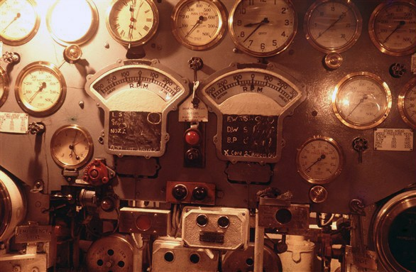 Photo:Engine room controls