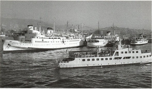 Photo:Apollon and Leto at Piraeus