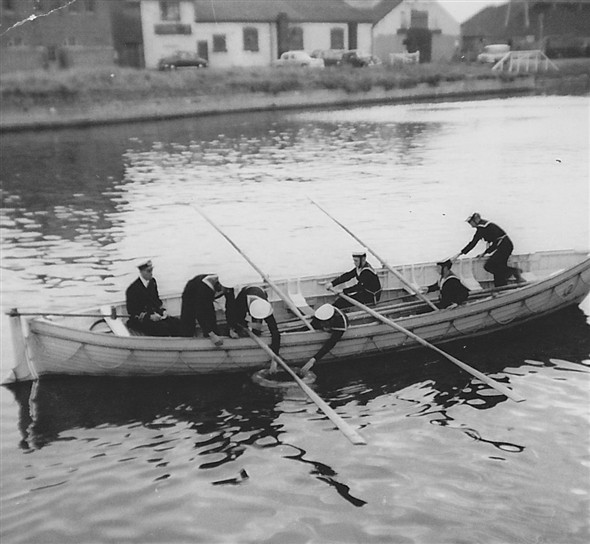 Photo:Whaler in Shoreham's Aldrington Basin 1959