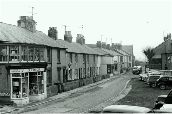 Photo:(2) - Chapel St c1960