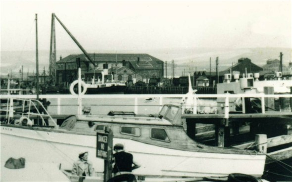 Photo:Harbour / Sheerlegs and Marine Workshops - c1950