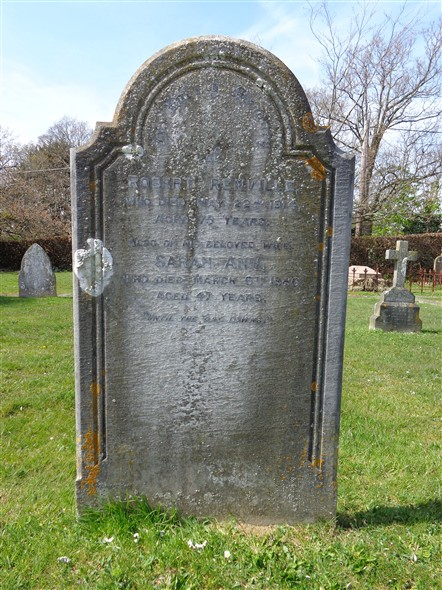 Photo:Robert Renville's Headstone