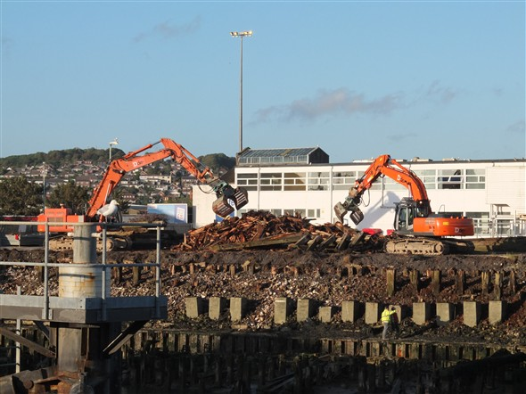 Photo:Tidying up the East Quay