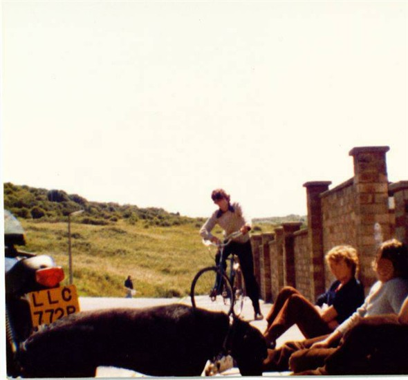 Photo:Rear Elm court looking west 1981