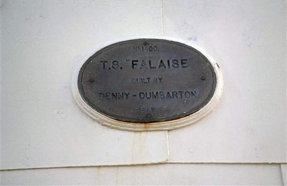 Photo:Builder's nameplate showing her date of construction 1947, and builders Denny of Dumbarton.