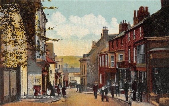 Photo:Newhaven High Street c1914