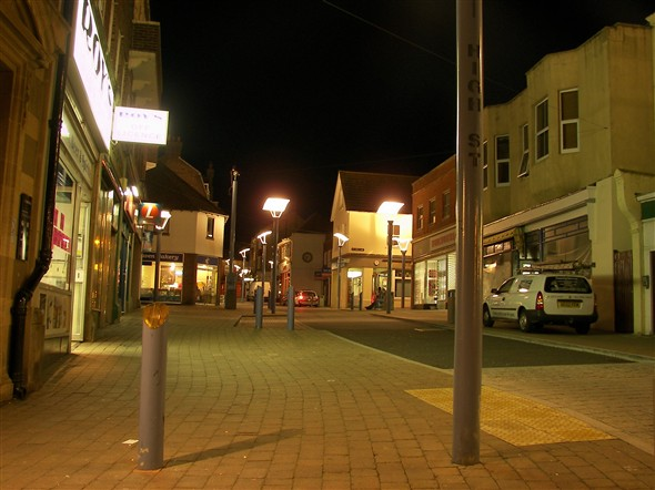 Photo:HIGH STREET LOOKING UP - 2008