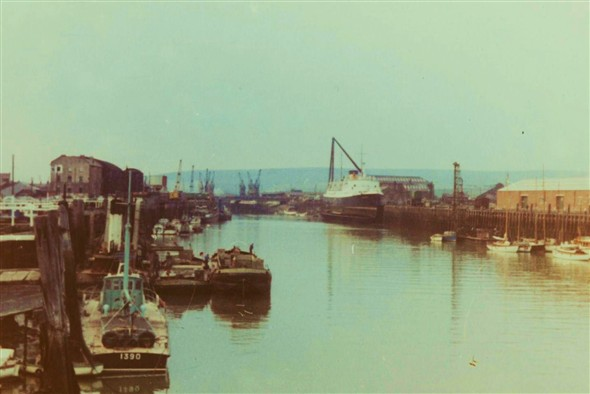 Photo:(16) - Harbour c1960