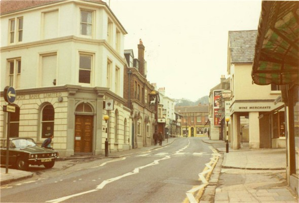 Photo:(21) - High St / Barclays Bank 1971