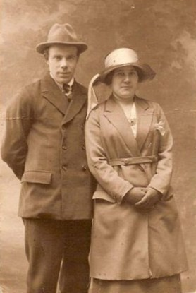 Photo:Charlie(brother) and Lucy Dunstall (sister) - 1920
