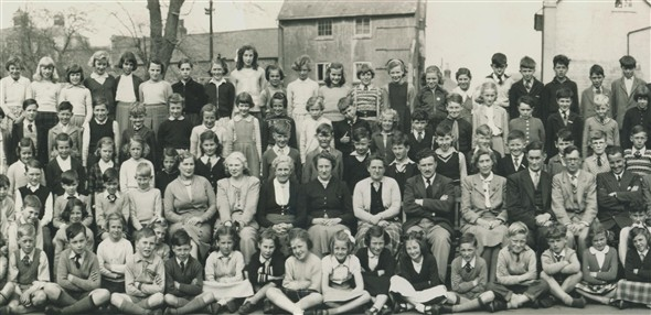 Photo:12 Teachers (?,?,?, Mrs Waidson, Mr Burt, Mr Freddie Cole, Mrs Pike, ? ? ? ? )
