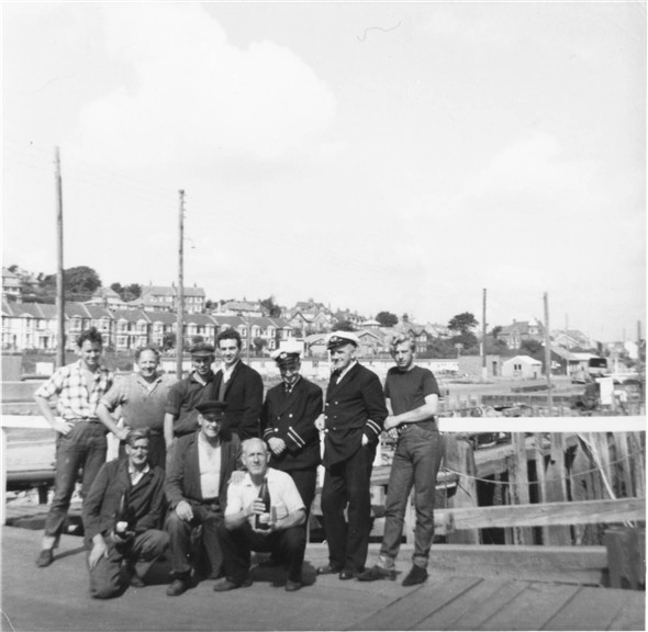 Photo:Meeching Tug / Dredger Crew - c1964