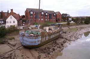 Photo:Low Tide at the Ghost Ship