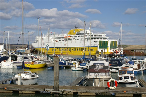 Photo:Cote d'Albatre at Newhaven