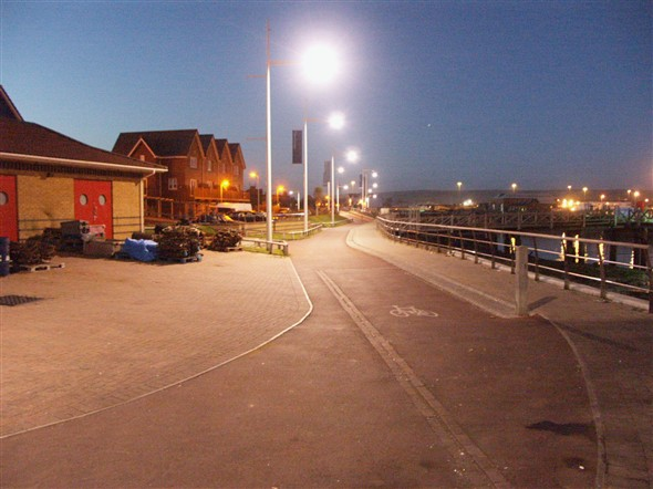 Photo:Riverside at night 31/10/2004