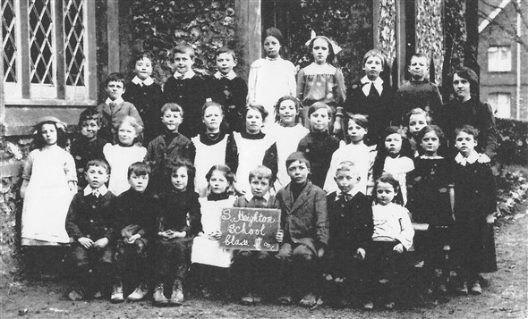 Photo:South Heighton School  Class 2  c1916