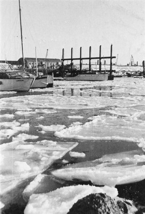 Photo: Illustrative image for the 'THE YEAR THE HARBOUR FROZE' page