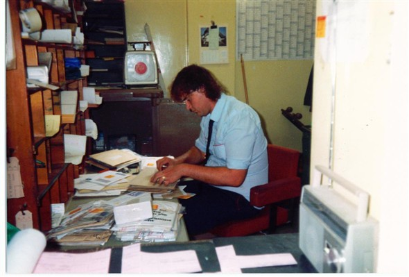 "Photo:Dave ""Boy"" Green Working hard - 1989"