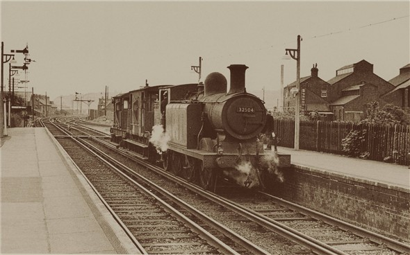 "Photo:Class ""E4"" approching Newhaven station - C1960"