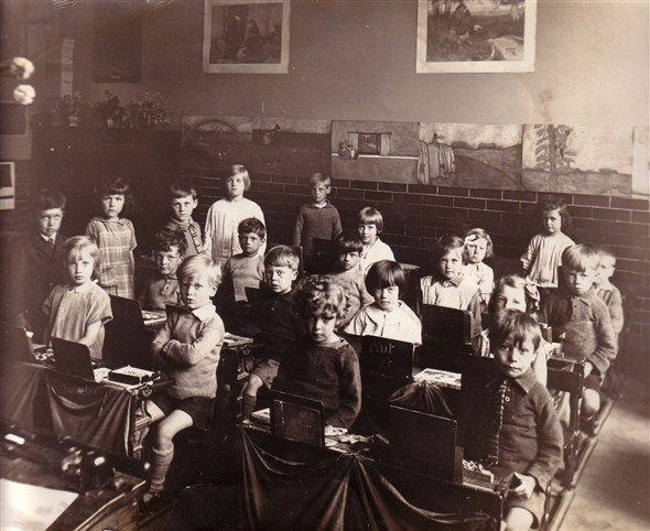 Photo: Illustrative image for the 'MEECHING INFANT SCHOOL' page