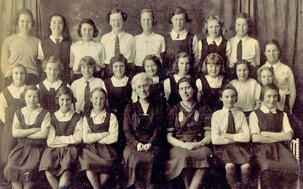 Photo: Illustrative image for the 'NEWHAVEN SENIOR GIRLS SCHOOL 1939' page