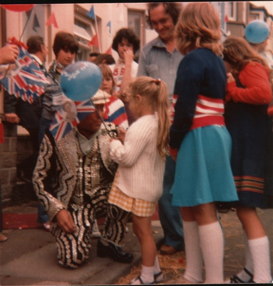 Photo:Meeting the pearly king
