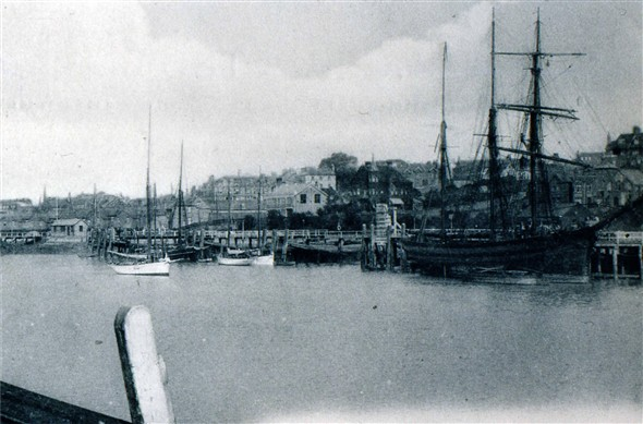 Photo:VIEW LOOKING S/W - c1900