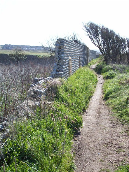 Photo:FOOTPATH TO BISHOPSTONE