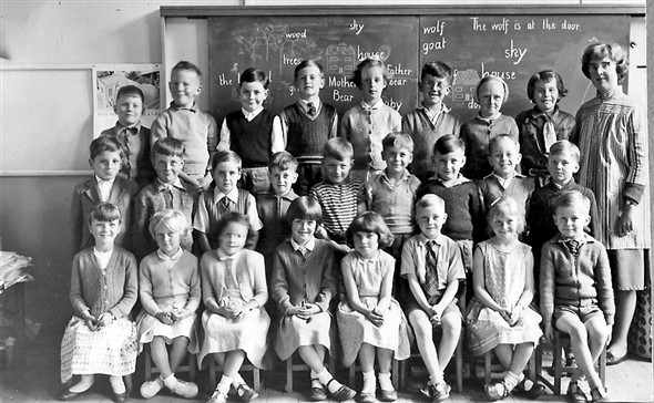 Photo: Illustrative image for the 'MEECHING JUNIOR SCHOOL 1961' page
