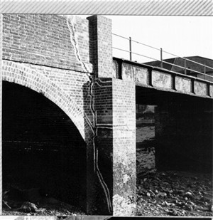 Photo:The old bridge leading to Denton Island. The metal girders were badly corroded and the supporting brickwork for the piers and side arches was breaking up and badly cracked as can be seen from this picture.
