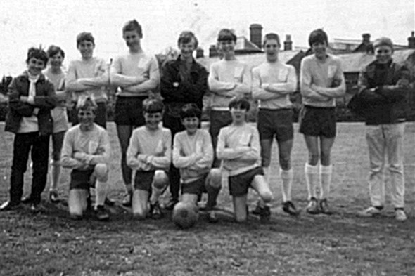 Photo:Left to Right. BACK ROW: R Scott, D Evans, ? Poulton, J Scott, P Baitup, K Patching, A Kingshott, A Greenfield, ? Poulton, FRONT ROW: P Harrison, S Greenfield, S Forbes, C Doyle
