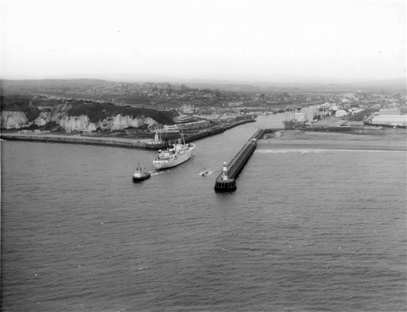 Photo: Illustrative image for the 'AERIAL VIEWS OF THE HARBOUR' page