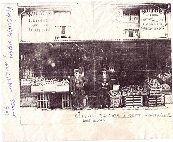 Photo:Hedge's Greengrocers, Bridge Street, 1920