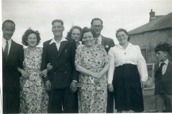 Photo:Photo 2: of the 8 people, I can identify: Marcia Stapley [2], Albert Warnes [3], Mary Warnes [5] & Edwin Warnes [8] but don't know the others. Taken mid 1940s