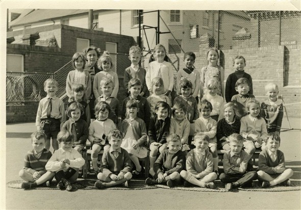 Photo:School Photo - Mrs Greenfield's class