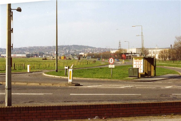Photo:At Denton Corner before the roundabout.