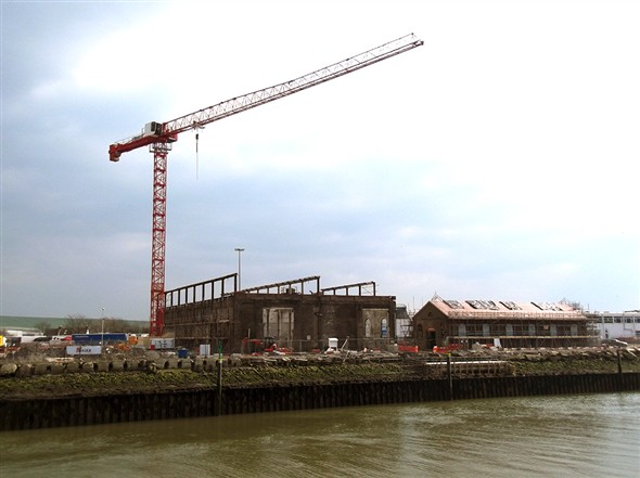 Photo:The tower crane at the Marine Shops
