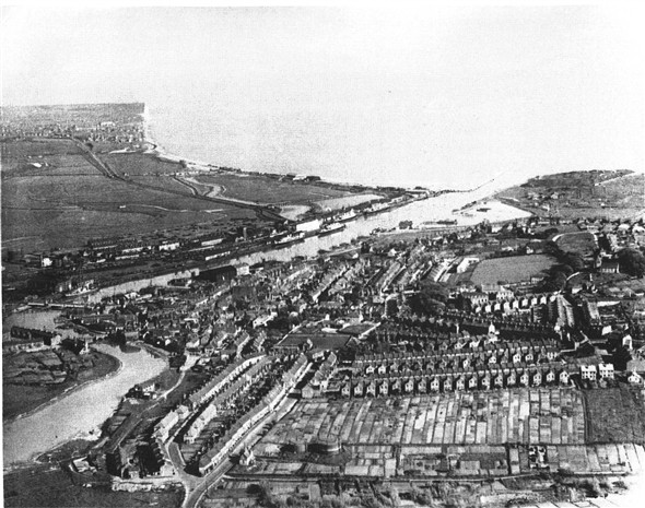 Photo: Illustrative image for the 'AERIAL VIEW OF NEWHAVEN' page
