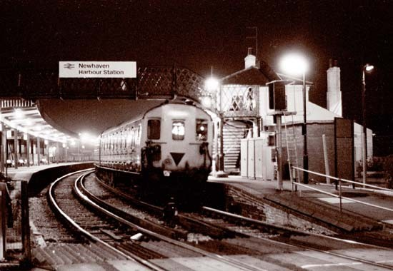 Photo: Illustrative image for the 'NEWHAVEN HARBOUR STATION' page