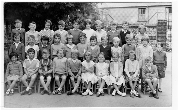 Photo: Illustrative image for the 'MEECHING JUNIOR SCHOOL' page
