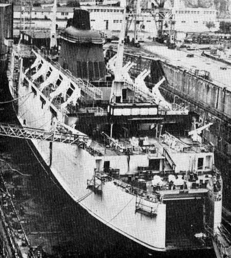 Photo:: Senlac under construction in the dry dock at the Brest Naval Shipyard.