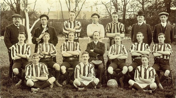 Photo:East Side Rovers, 1910